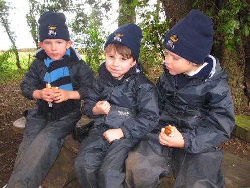 Yr1 Forest School (23)