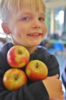 Hazlegrove Pre-Prep Apple Day fun 18